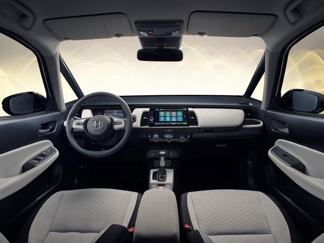 Honda Jazz 2020 trình làng với thiết kế khá tròn trịa cùng khoang cabin rộng rãi hơn - 2