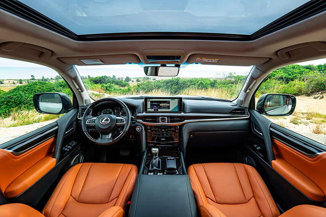 Lexus LX 570 phiên bản mới chính thức có mặt tại Việt Nam - 4