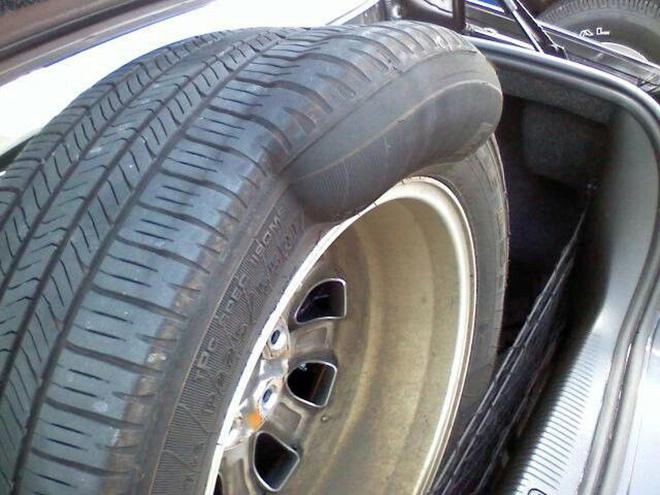 Lốp xe bị phù, nguy cơ tai nạn cao nếu không khắc phục sớm - 2