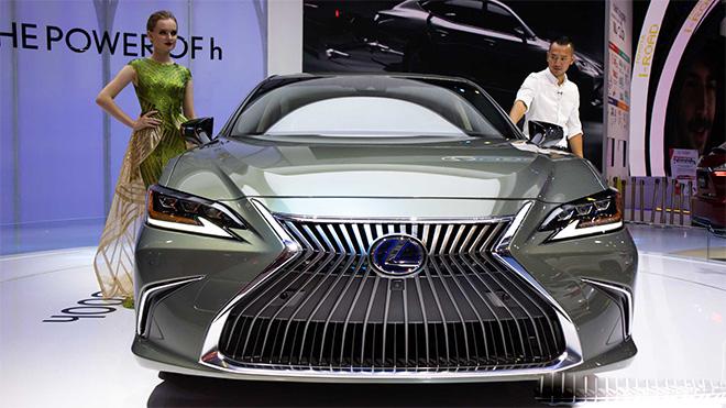 Lexus ES 300h 2019 sắp được nhập khẩu chính hãng tại Việt Nam - 2