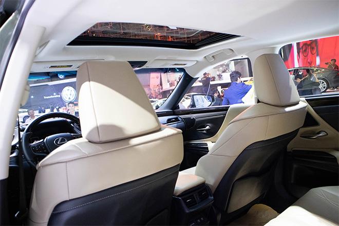 Lexus ES 300h 2019 sắp được nhập khẩu chính hãng tại Việt Nam - 4