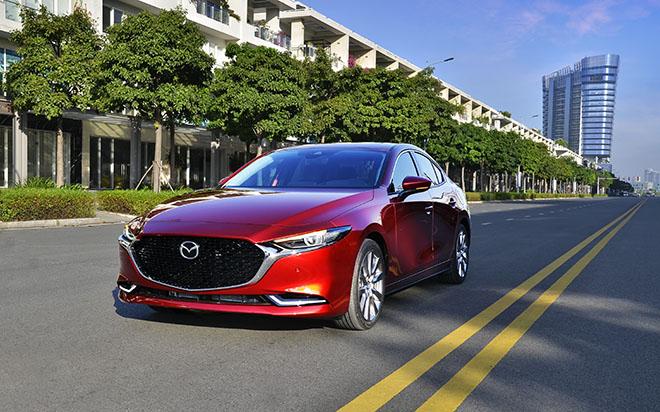 Cận cảnh Mazda3 thế hệ mới bản sedan vừa ra mắt, giá từ 719 triệu đồng - 1
