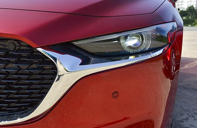 Cận cảnh Mazda3 thế hệ mới bản sedan vừa ra mắt, giá từ 719 triệu đồng - 9