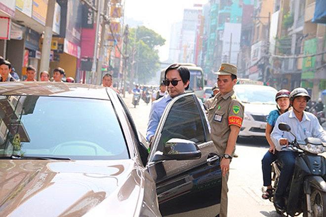 Sao nam Việt thay 30 chiếc xe hơi, lấy vợ 3 kém 11 tuổi thực sự giàu có cỡ nào? - 2