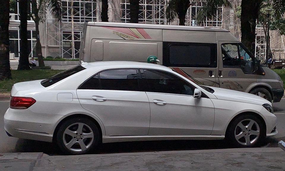 Sao nam Việt thay 30 chiếc xe hơi, lấy vợ 3 kém 11 tuổi thực sự giàu có cỡ nào? - 10