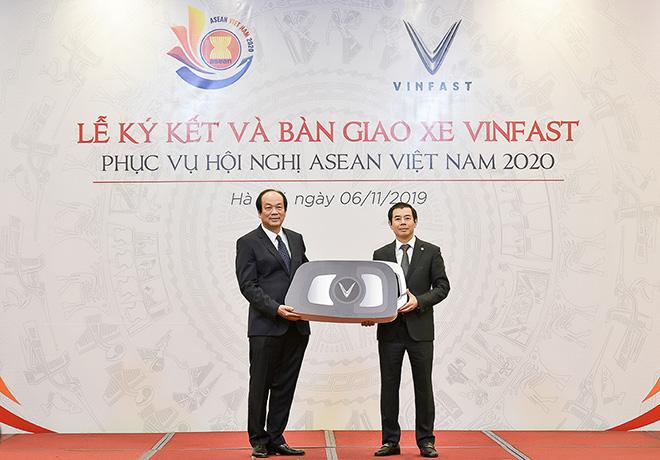 VinFast tài trợ xe di chuyển cho Hội nghị ASEAN 2020 - 2