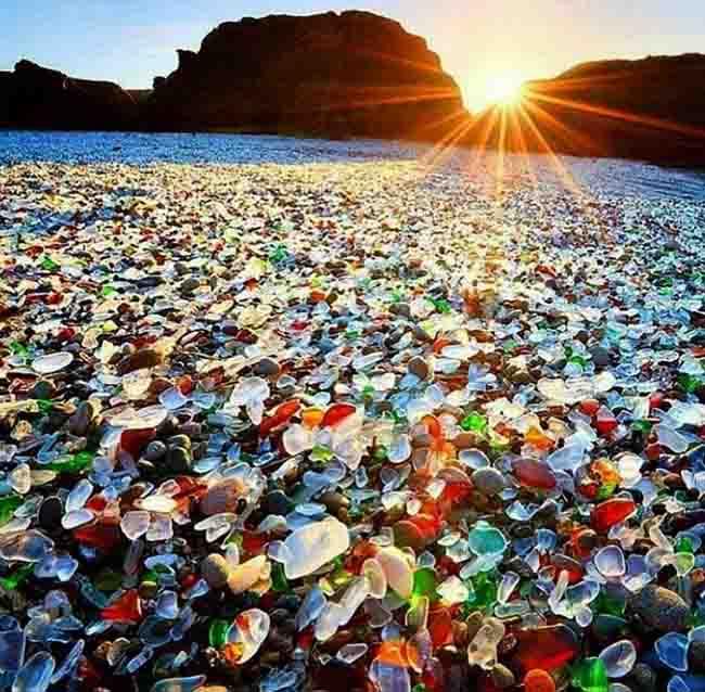 12 bãi biển độc lạ trên thế giới khiến ai cũng phải thốt lên bất ngờ - 2
