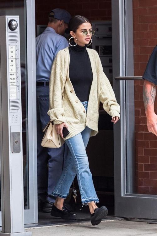 3 cách kết hợp cardigan sành điệu của Selena Gomez - 2