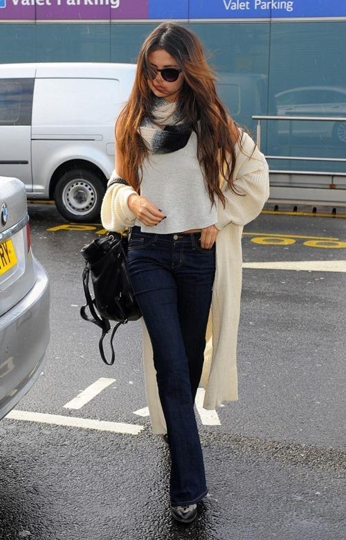 3 cách kết hợp cardigan sành điệu của Selena Gomez - 6