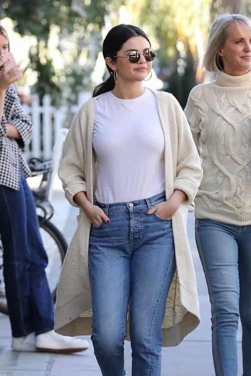 3 cách kết hợp cardigan sành điệu của Selena Gomez - 10