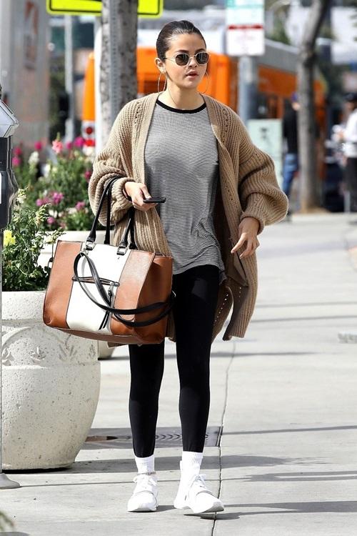 3 cách kết hợp cardigan sành điệu của Selena Gomez - 5