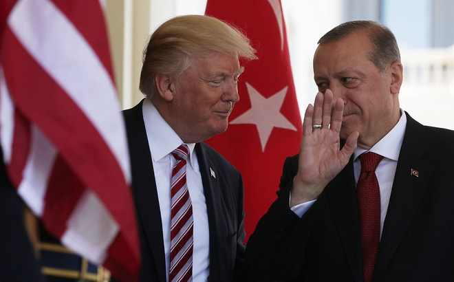 Ankara khoe bắt được vợ của trùm IS, Trump lập tức gọi cho Erdogan - 1