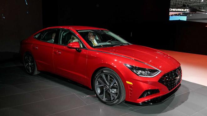 Hyundai Sonata 2020 đủ lực cạnh tranh Mazda6 và Toyota Camry - 2