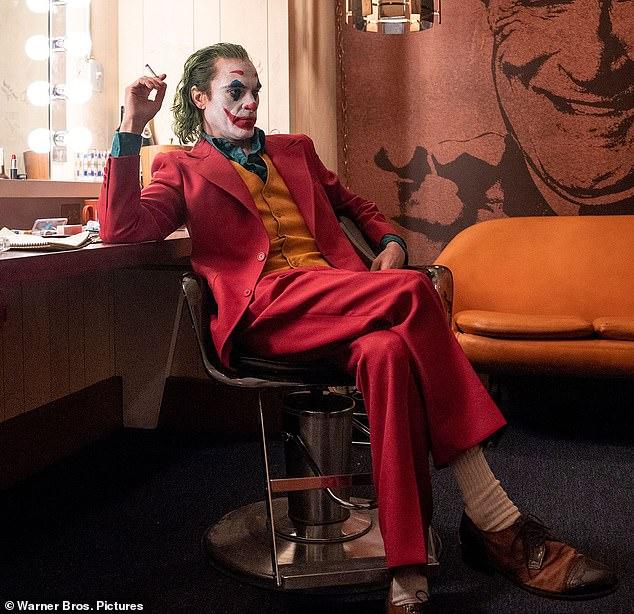 Quý ông đừng học theo cách giảm cân khắc nghiệt như tài tử #34;Joker#34; - 1