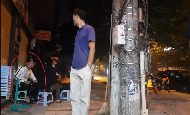 """Lừa đảo mại dâm, chiếm đoạt tài sản trên phố """"sung sướng"""" Hà Nội - 1"""