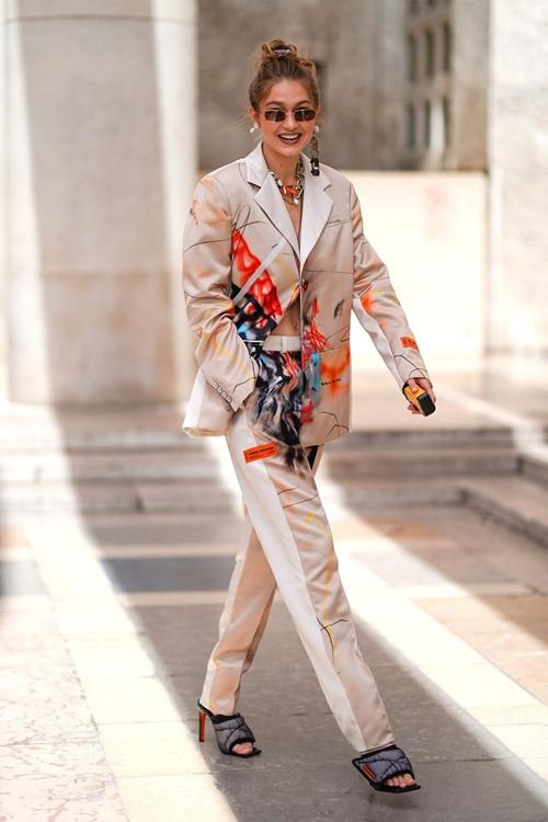 4 nguyên tắc giúp Gigi Hadid mặc ton sur ton đẹp khó ai sánh bằng - 5