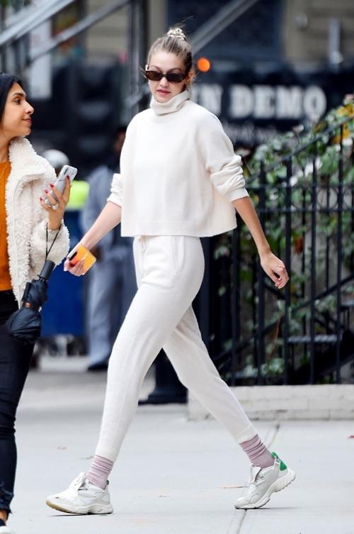 4 nguyên tắc giúp Gigi Hadid mặc ton sur ton đẹp khó ai sánh bằng - 15
