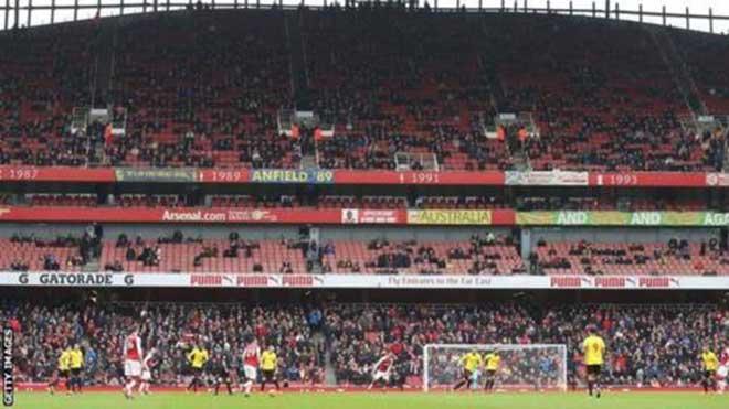 """Leicester thăng hoa nhờ """"trảm tướng"""": MU & Arsenal có học theo? - 2"""