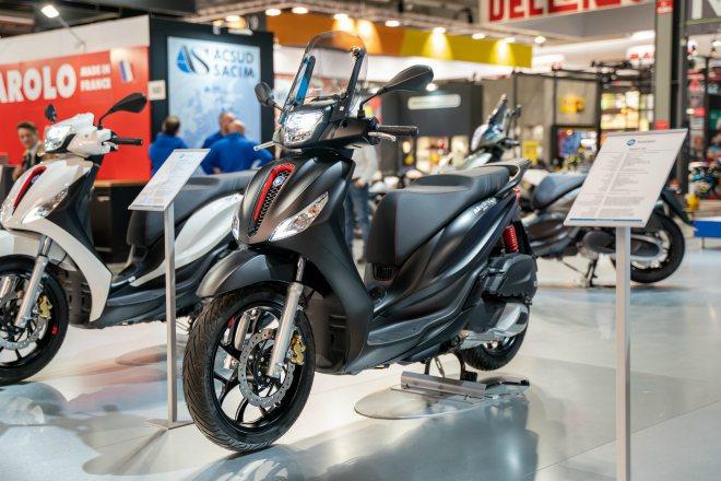 Ra mắt 2020 Piaggio Medley S đẹp lung linh, đối đầu Honda SH - 3