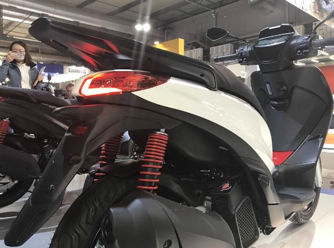 Ra mắt 2020 Piaggio Medley S đẹp lung linh, đối đầu Honda SH - 2