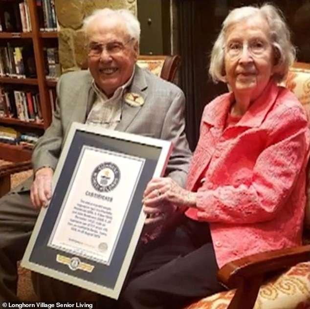Cụ ông, cụ bà này trở thành cặp đôi sống thọ nhất thế giới - 1