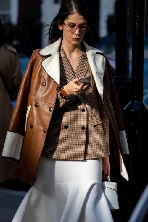 Bỏ túi 5 cách phối áo khoác vừa ấm vừa sang - 8