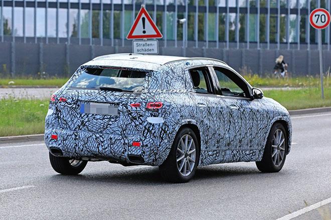 Mercedes-Benz GLA 2020 sắp được trình làng, đối trọng của BMW X1 - 3