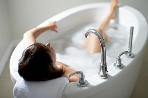 Tránh da thô, xấu, tắm cũng cần đúng cách - 3