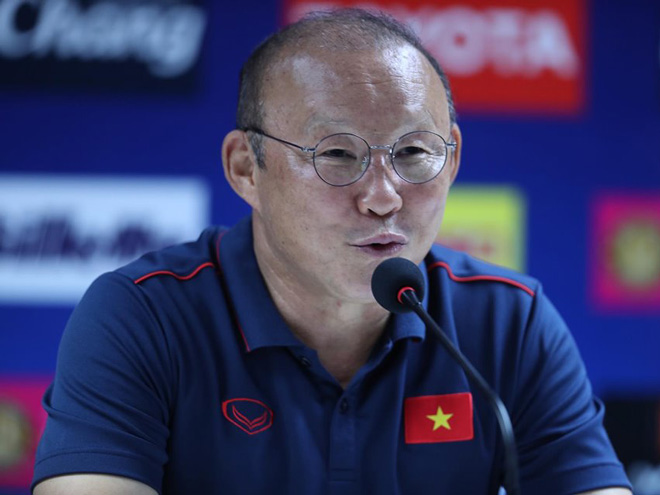 HLV Park Hang Seo và ĐT Việt Nam hướng đến chiến thắng trên sân nhà Mỹ Đình trước Thái Lan