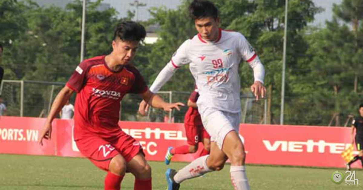 Danh sách U22 Việt Nam dự SEA Games 30: HLV Park Hang Seo gây sốc với Martin Lò