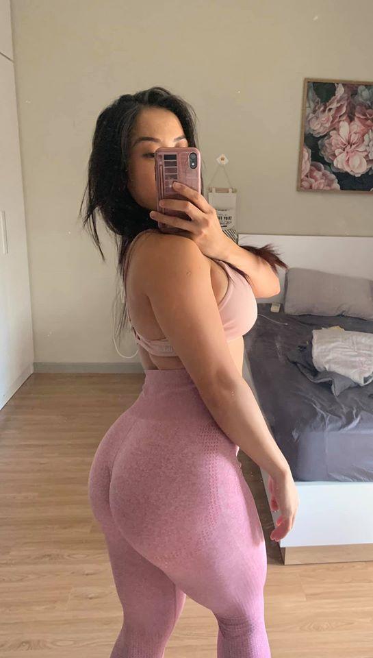 """Bí quyết tập sau sinh của """"Kim Kardashian Sài Gòn"""" mặt xinh, thân hình núi đá - 1"""
