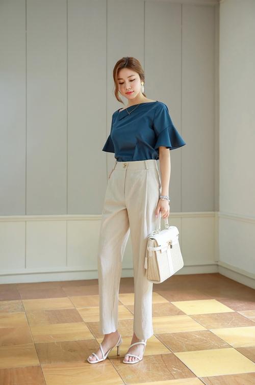 Công thức mix quần trắng hoàn hảo cho nữ công sở - 8