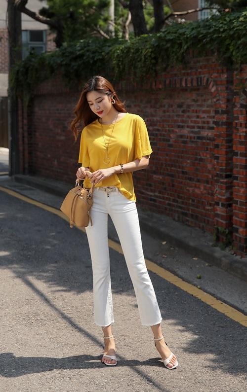 Công thức mix quần trắng hoàn hảo cho nữ công sở - 6