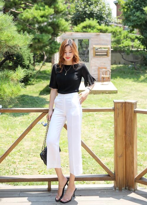 Công thức mix quần trắng hoàn hảo cho nữ công sở - 7