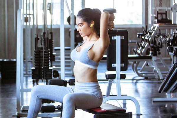 Làm sao để tập gym hiệu quả khi không có huấn luyện viên? - 1