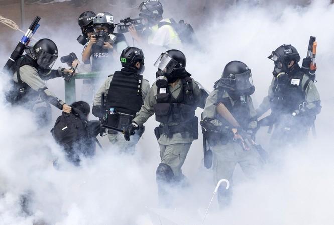 Trung Quốc 'nổi đóa' khi Thượng viện Mỹ thông qua đạo luật về Hong Kong