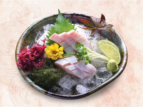 Điều gì tạo nên sức hút 8000 du khách mỗi ngày tại Fukuoka chợ cá lớn nhất Nhật Bản - 2