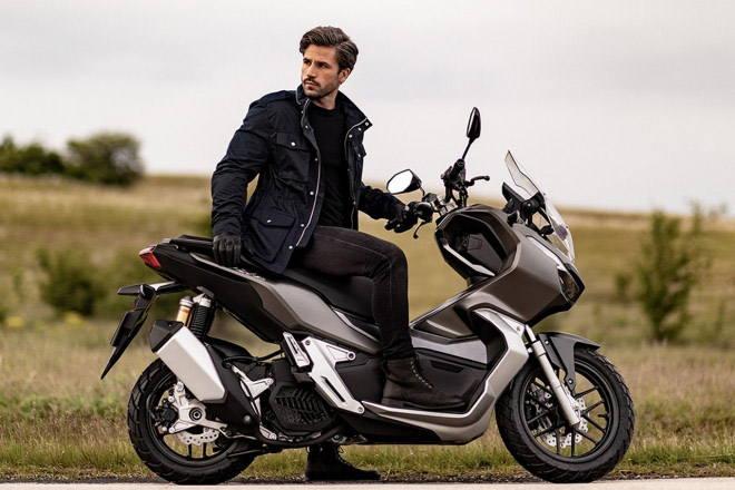 """Honda ADV 300 mới sắp lên kệ, Kawasaki Versys-X 300 """"hãy chờ đấy"""" - 1"""