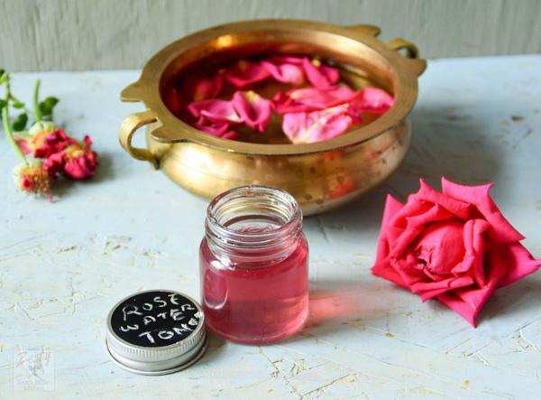 Tự làm nước hoa hồng để chăm sóc da, tại sao không! - 1