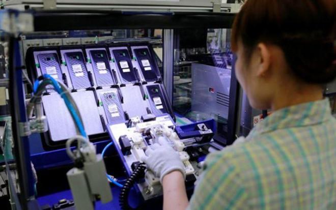 """Việt Nam xuất khẩu 77 tỷ USD điện thoại, thiết bị điện tử  """"Made in Viet Nam"""" và linh kiện - 1"""