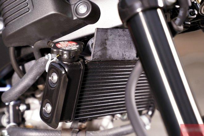 Đánh giá chi tiết môtô cỡ nhỏ Yamaha XSR 155: Cuốn hút phái mạnh - 10