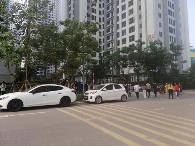 Hà Nội: Bé gái rơi từ tầng caochung cư Goldmark City xuống đất tử vong - 2