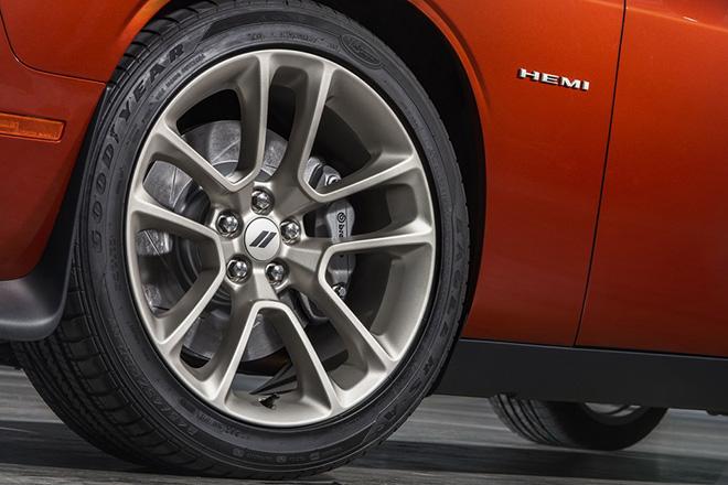 Dodge Challenger phiên bản đặc biệt kỷ niệm 50 năm dòng xe cơ bắp biểu tượng - 12