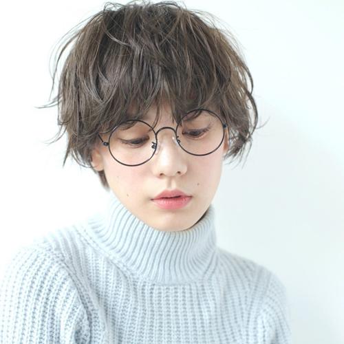 Những kiểu tóc xinh tôn nét đẹp của cô nàng đeo kính - 4