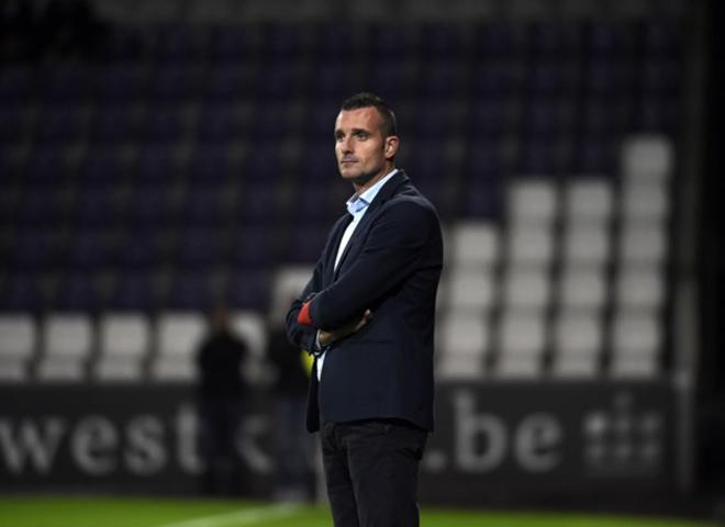 Sint Truiden xác nhận HLV mới: Công Phượng sáng cửa ra sân, chờ đá chính tuần này