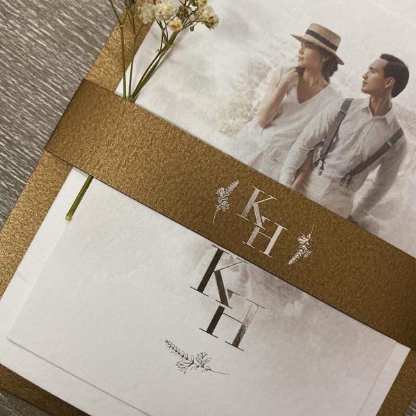 Thực hư chuyện rò rỉ thiệp cưới sang trọng của cặp đôi Hồ Ngọc Hà và Kim Lý - 1