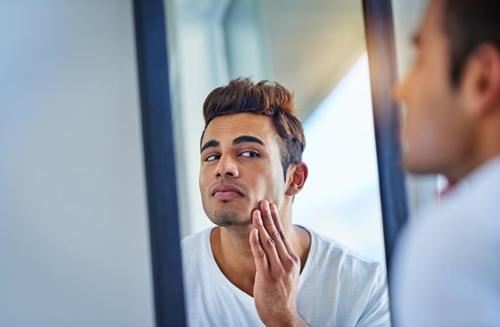 Bí quyết chăm sóc da mặt cho nam giới bận rộn - 3