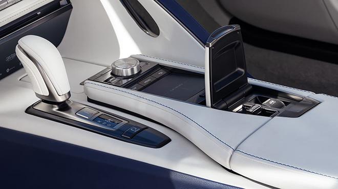 Chính thức ra mắt Lexus LC 500 mui trần tại triển lãm ô tô Los Angeles - 10