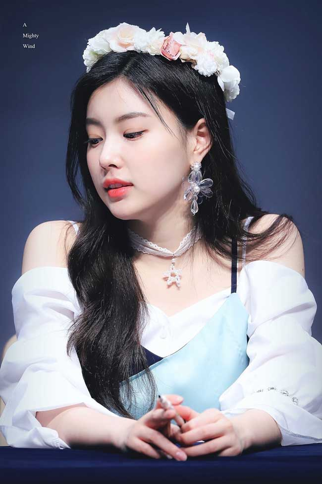 5 bí quyết dưỡng da luôn mềm mịn, căng mướt của các idol Hàn Quốc - 4