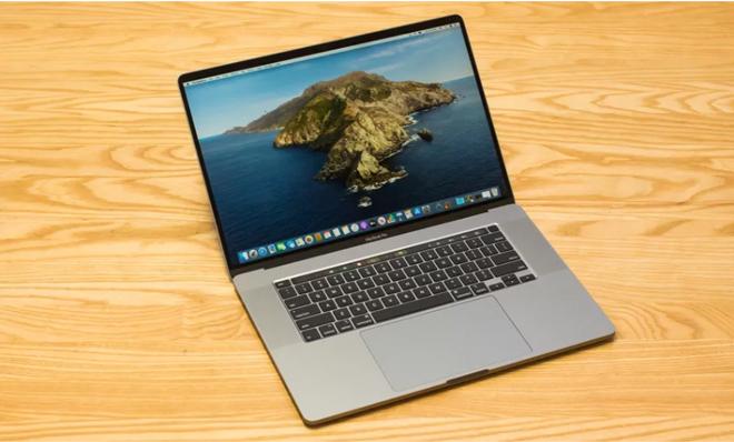 """Đĩa mềm có chữ ký của Steve Jobs bị """"thét giá"""" gấp 4 lần MacBook Pro - 2"""